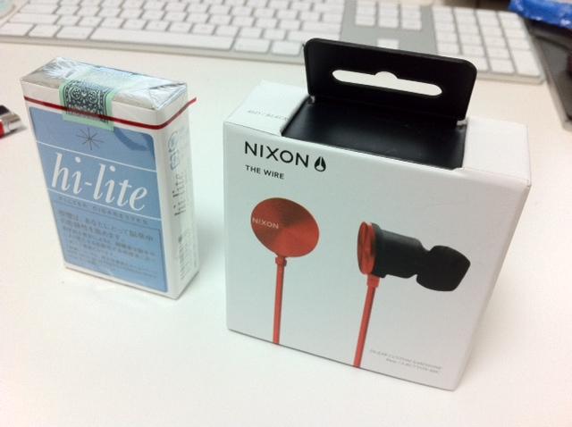 nixon-wire-3-button-mic-8