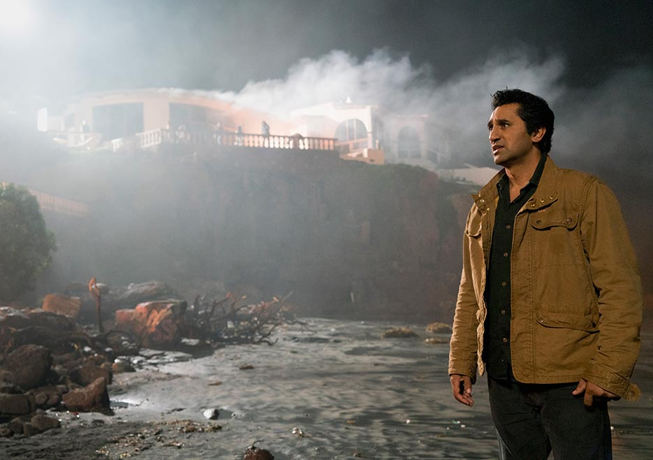 fear-the-walking-dead-episode-201-gallery-travis-curtis-3-935